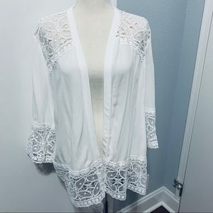 NY Collection. White Lace Cardigan